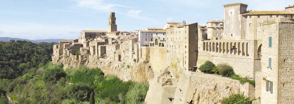 Southern Tuscany: the fortress town of Pitigliano