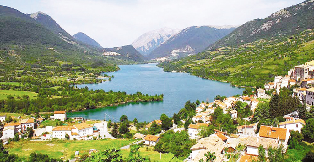 The village of Civitella Alfedena - Abruzzo National Park