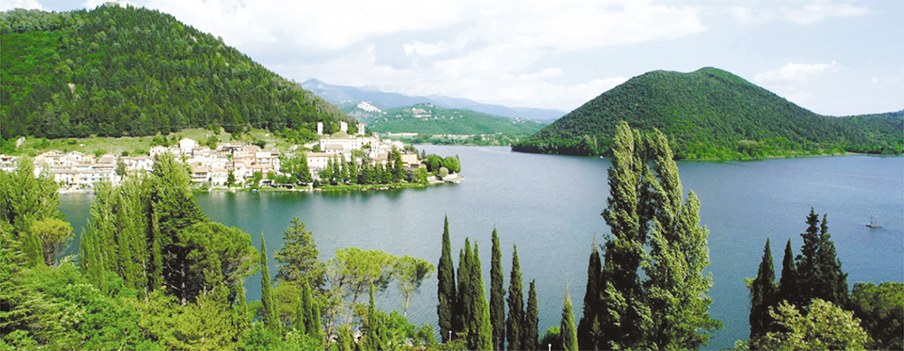 The serene village of Piediluco on the banks of its lake