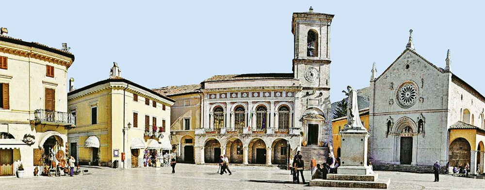 The picturesque main square of Norcia